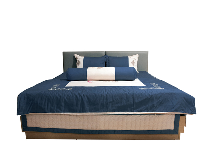 Giường ngủ Carlotta